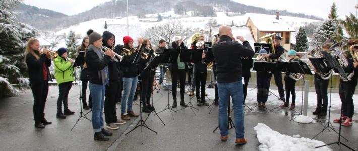 Weihnachtstournee APH Läufelfingen & Strichcode Sissach